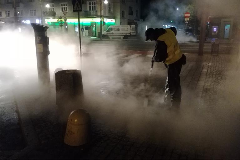 Czyszczenie chodników dla miasta Gdynia (3)