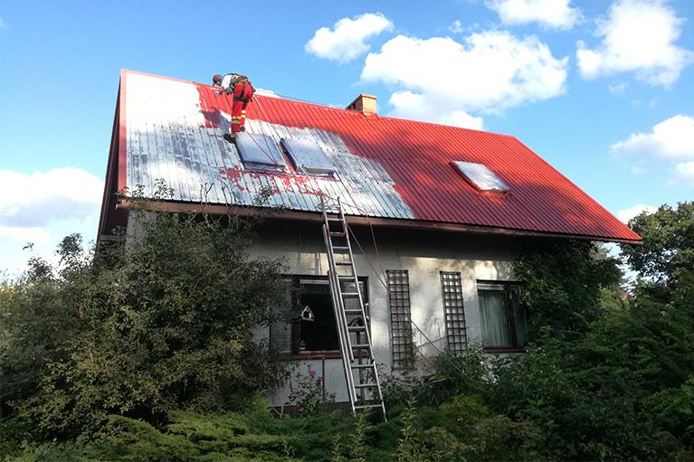 Gdańsk czyszczenie i malowanie dachu 1