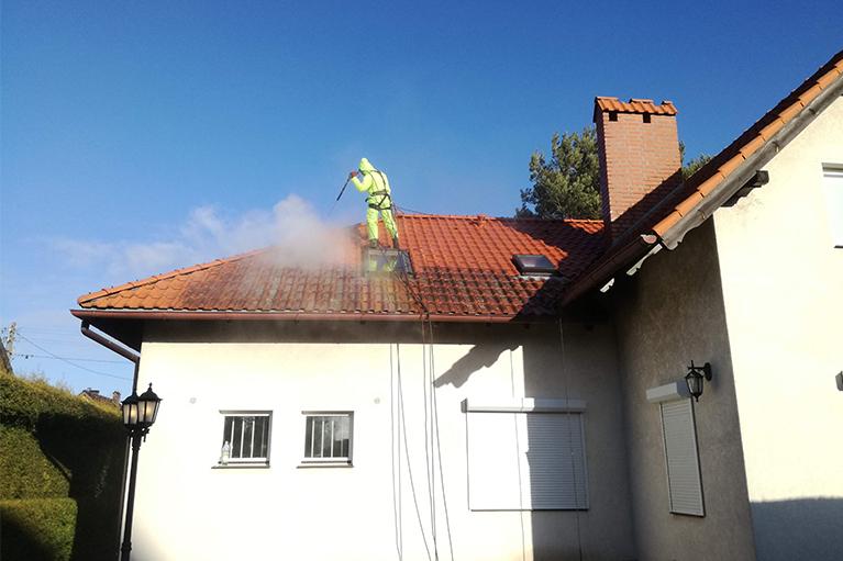 Gdynia-czyszczenie-dachu-1